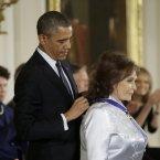 President Barack Obama and country music legend Loretta Lynn.<span class=