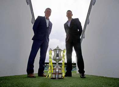 Managers Stephen Kenny and Ian Baraclough with the trophy earlier this week.