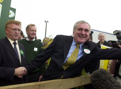 Bertie Ahern campaigns for 'Nice' in 2002.
