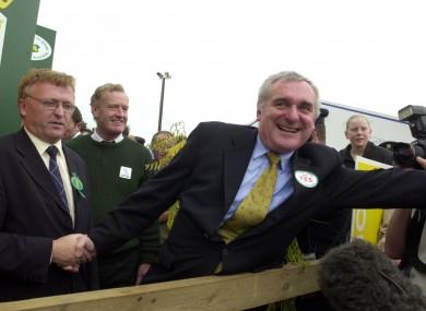 Bertie Ahern campaigns for 'Nice' in 2002.