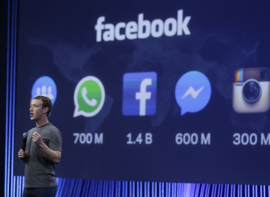 Facebook already has a sizable audience on mobile but finding and sharing links on it is cumbersome.