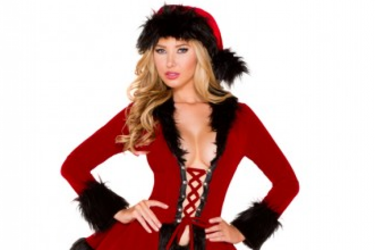 Christmas Model.12 Sexy Christmas Costumes That Ll Make You Question Humanity