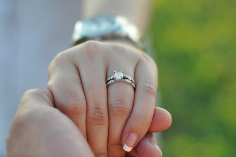 How To Wear Wedding Rings.Ignore The Sexist Advice Wear Your Engagement Ring With