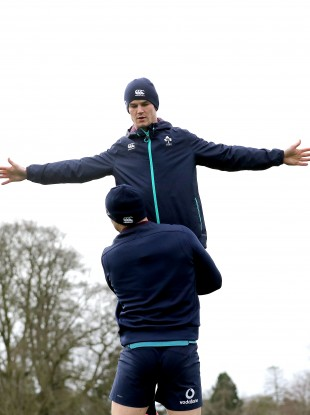 Robbie Henshaw lifts Sexton the Redeemer at training in Maynooth today..