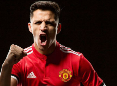 Manchester United's Alexis Sanchez has received the backing of his former manager.