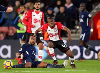 Southampton's Michael Obafemi (right) and Tottenham Hotspur's Mousa Dembele.