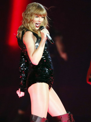 Taylor Swift performing during her Reputation Tour