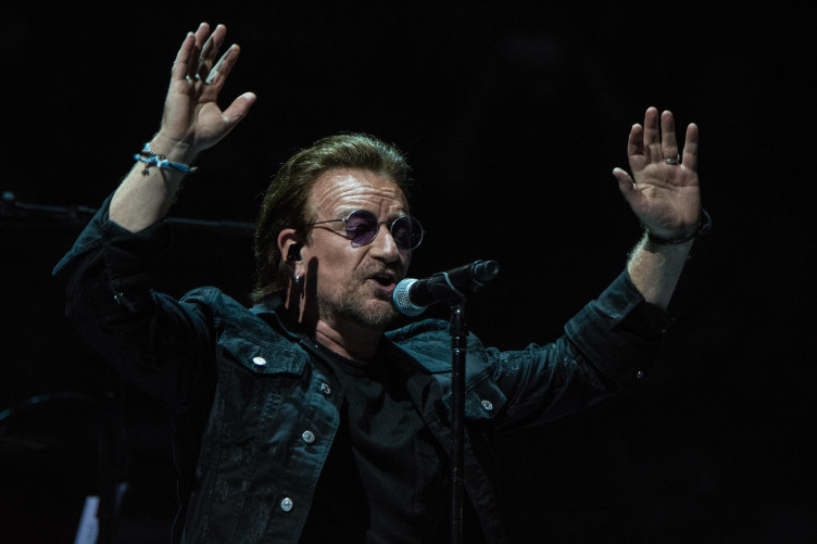Bono says he s proud of how European countries  rallied behind Ireland on  the border issue  6a420ecb6f6