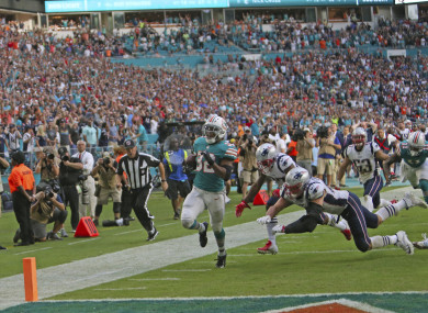 Miami Dolphins running back Kenyan Drake brings it home.