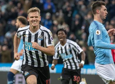 Newcastle United Matt Richie (left) celebrates scoring his side's second goal.