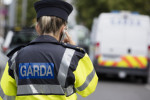 Man arrested by gardaí after walking into Dublin pub with a gun yesterday evening