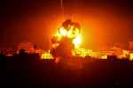 Israel continues Gaza air strikes and Palestinian militants fire rockets despite apparent ceasefire