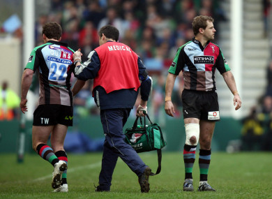 Williams leaves the field to allow Evans come back on during the quarter-final against Leinster in 2009.