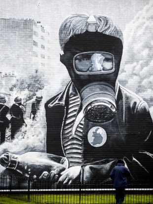 The Petrol Bomber mural depicting a scene from the 'Battle of the Bogside.