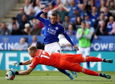 Goalkeeper Aaron Ramsdale in action against Jamie Vardy.