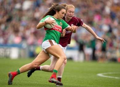 Niamh Kelly takes on Louise Ward at Croker.