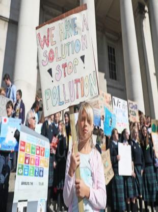 Elin Carlsson, 9, at the Dublin climate strike last week.