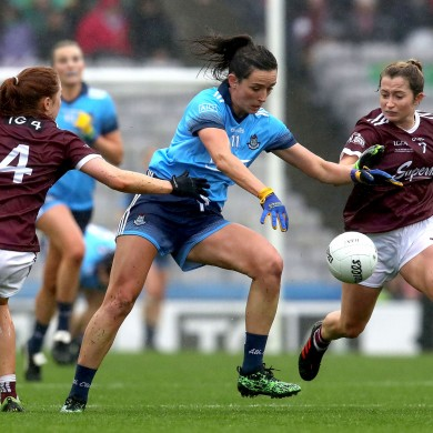 Dublin's Niamh McEvoy in action against the Galway defence.