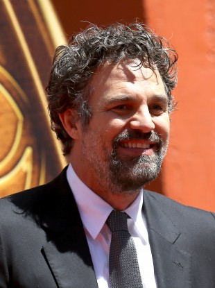 Mark Ruffalo tweeted Leo Varadkar urging him not to sign up to US fracked gas to be used in Ireland.