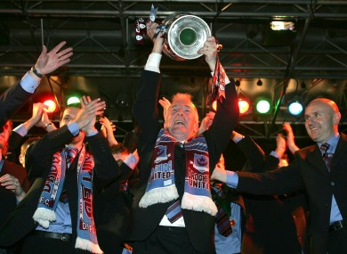 Hoey lifting the FAI Cup in 2005.