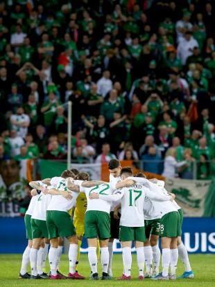 Ireland huddle.