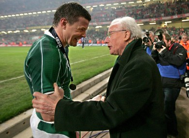 Jack Kyle passes on the baton of greatness to O'Driscoll in 2009.