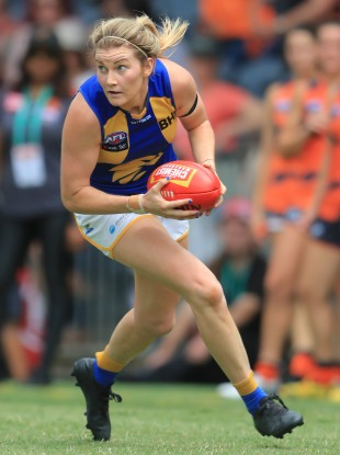 Grace Kelly on the ball for West Coast Eagles.