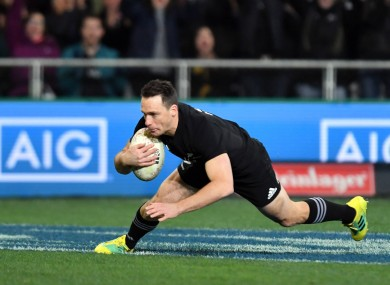 Smith: joins Kobe Steelers with All Blacks team-mate Cruden.