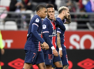 Neymar and Mbappe celebrate.