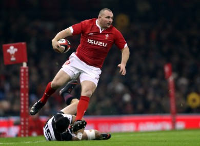 Ken Owens has been ruled out of Wales' autumn campaign by a dislocated shoulder.