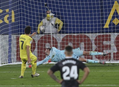 Gerard Moreno scores a late penalty for Villarreal against Real.