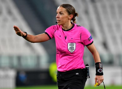 Stephanie Frappart during last night's clash between Juventus and Dynamo Kiev.