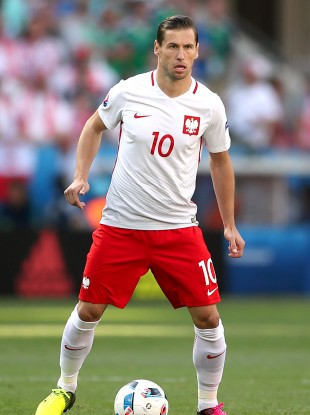 Grzegorz Krychowiak is one of four players to have tested positive over the past few days.