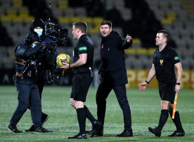 Rangers manger Steven Gerrard speaks to referee John Beaton.