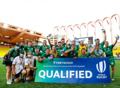 The Ireland team and staff celebrate qualifying for Tokyo 2020.