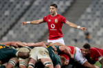 Conor Murray is back in the number nine shirt.